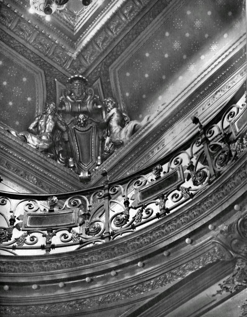 Casa Monteoru, detaliu plafonul holului central