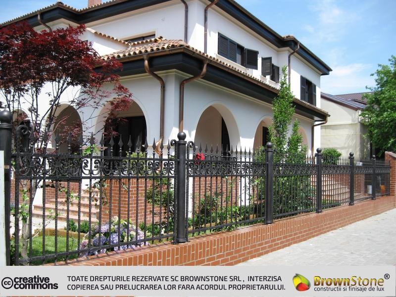 Decoratiuni exterioare for Piani di casa a schiera brownstone