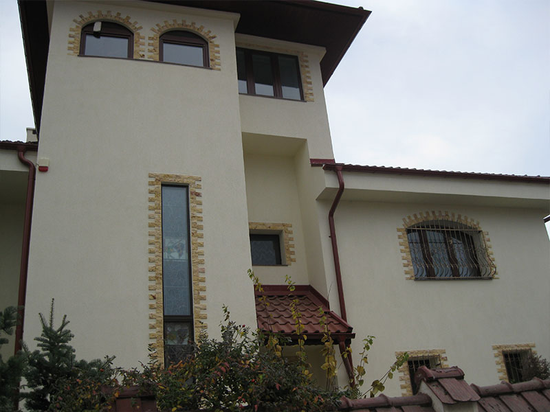 constructii-case-vile-stil-neoromanesc-7